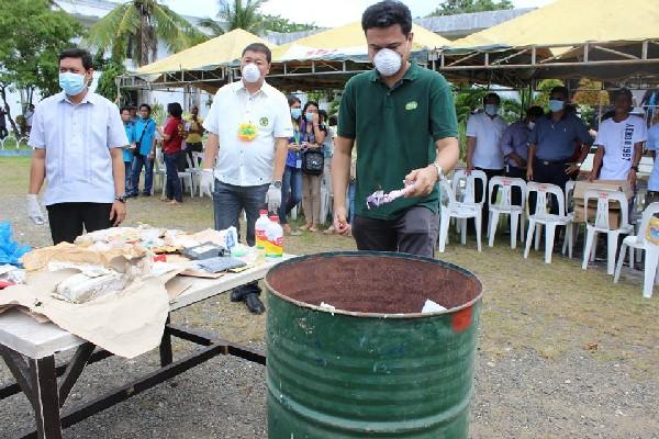 PHOTOS | PDEA Catanduanes, courts burn drug paraphernalia