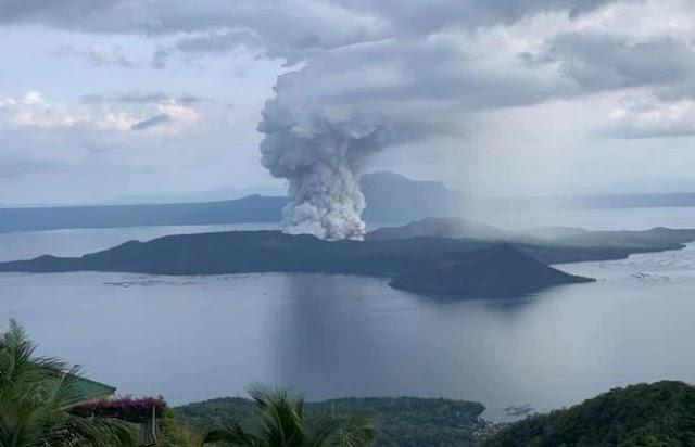फिलिपींस : ताल ज्वालामुखी से लावा निकला, सरकार अलर्ट