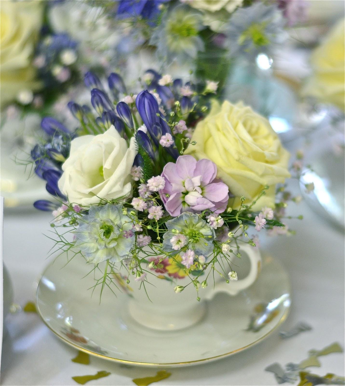 Vintage Flower Arrangements For Wedding: Wedding Flowers Blog: Laura's Vintage, English Country