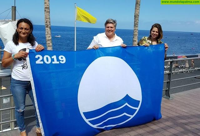 La bandera azul ya ondea en las playas del litoral aridanense