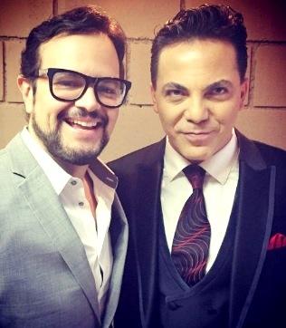 Foto de Aleks Syntek feliz junto a Cristian Castro