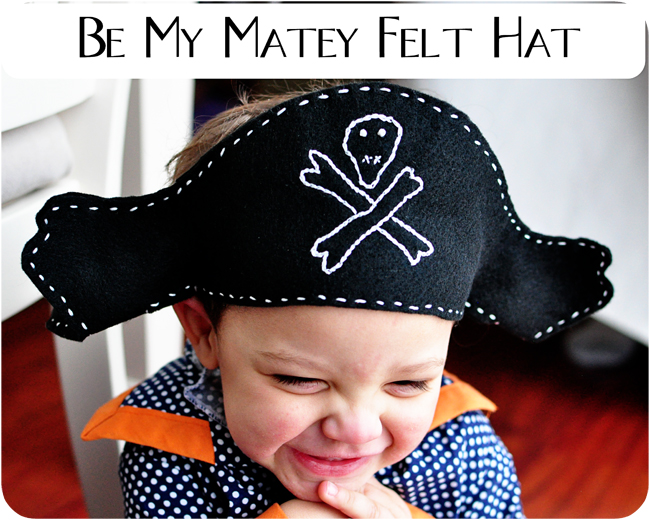A felt pirate hat pattern simple simon and company and since we are traveling i dont want to take costumes here is my easy solution a fold up pirate hat that wont take up hardly any room in the solutioingenieria Image collections