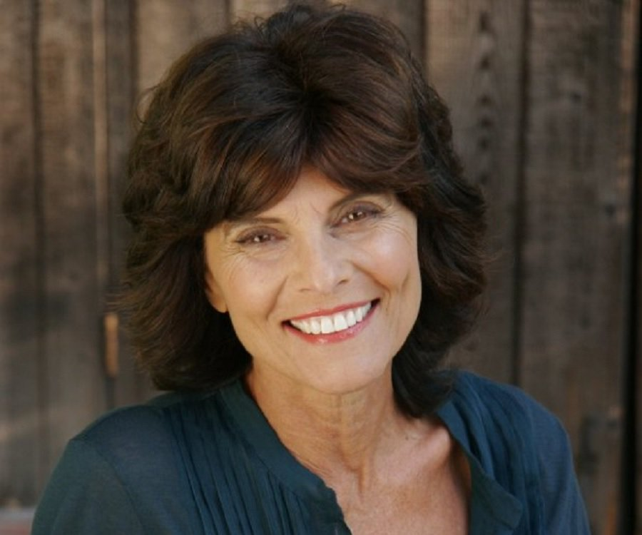 barbeau single girls Barbeau went on to star in more than 25 musicals and plays, including women behind bars, the best little whorehouse in texas the self-titled adrienne barbeau.