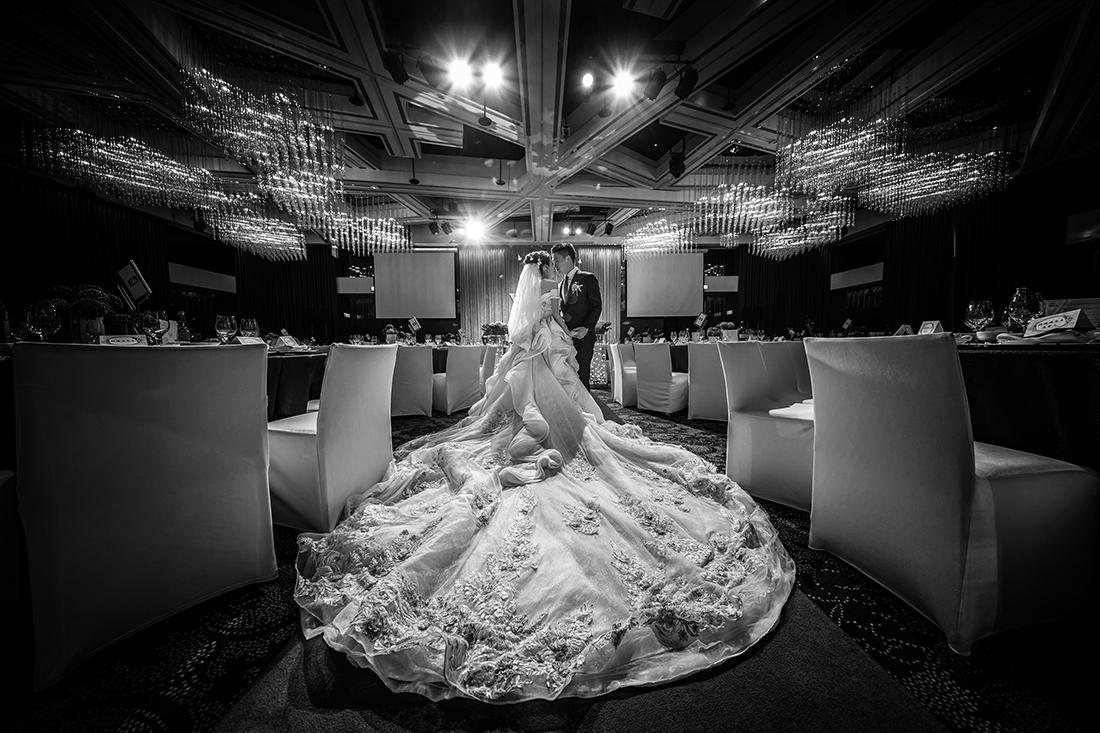婚攝小紅莓影像團隊/婚禮紀錄 / 婚禮攝影 / 自助婚紗 / 孕婦寫真/ 親子寫真