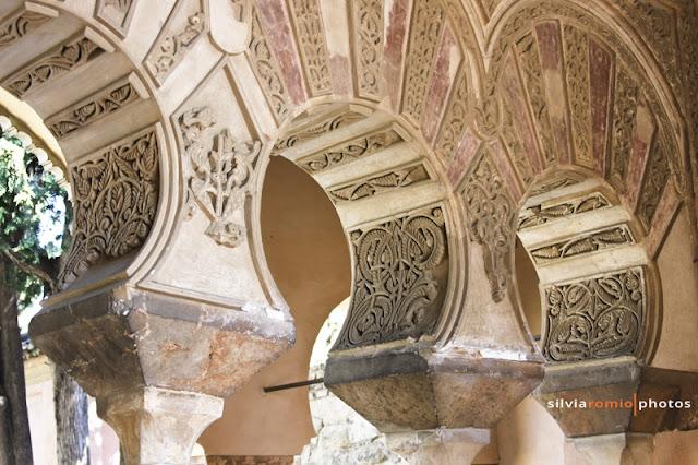 Alcazaba: particolare dei capitelli