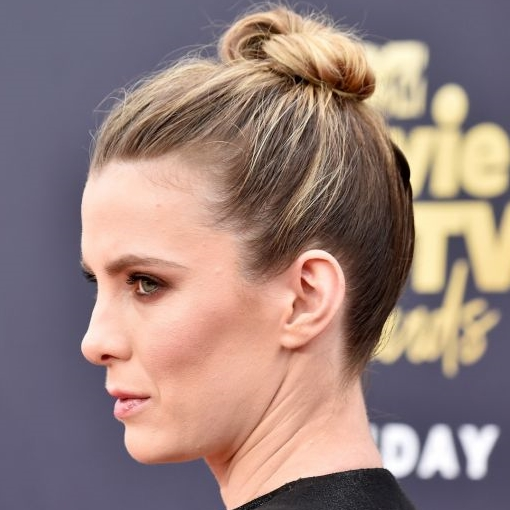 penteado coque cabelo loiro mtv movie tv awards