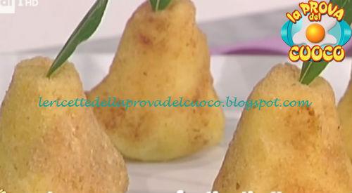 Ricetta delle Finte pere con speck spinaci e toma da La Prova del Cuoco
