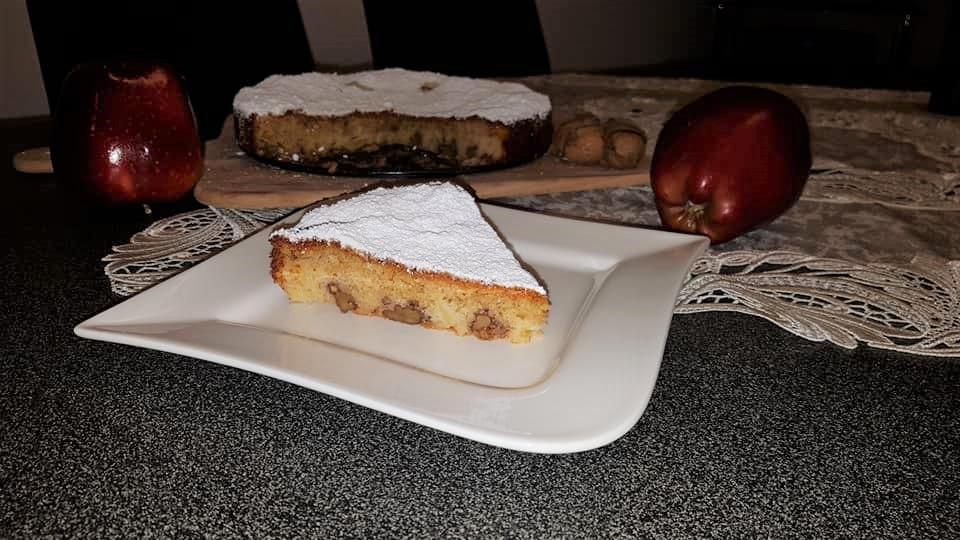 Schneller Saftiger Apfel Walnuss Kuchen