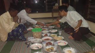 Tradisi Sedekah Lebaran suku Osing.