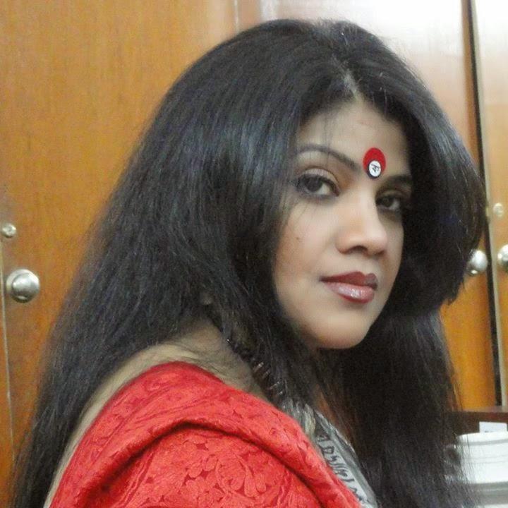 Sexy bengali aunty