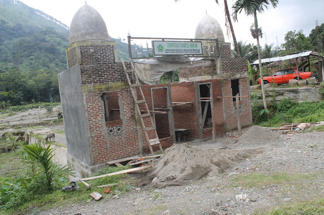 Pembangunan Gapura Dayah Zawiyah Darul Asrar