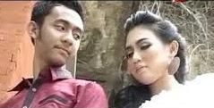 Ojo Salah Tompo Wandra Feat Suliana