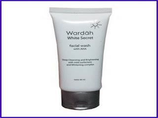 Manfaat Wardah White Secret Facial Wash dan Cara Pemakaiannya