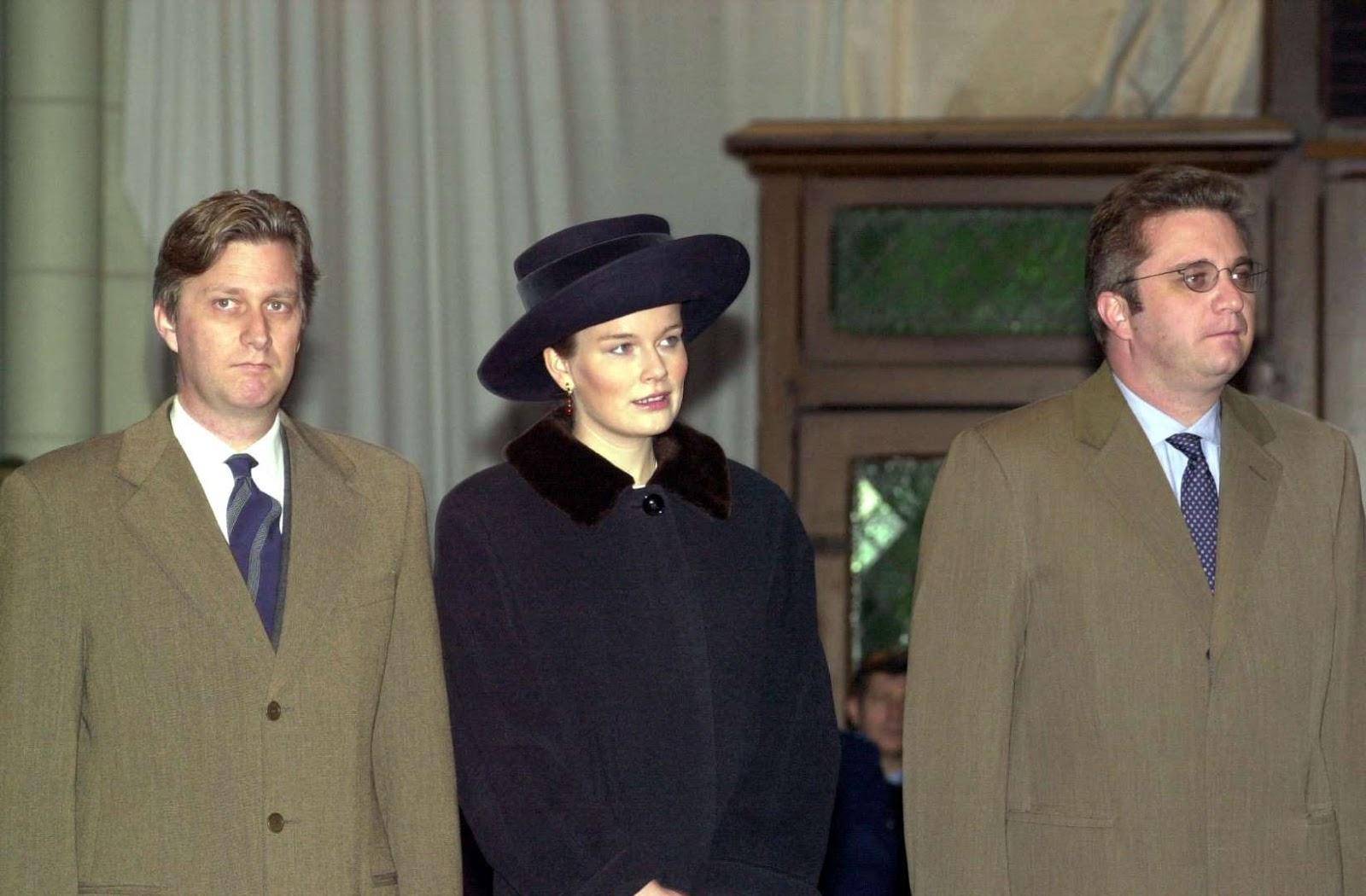 Queen Mathilde: Flashback: Mass for Deceased Family Members