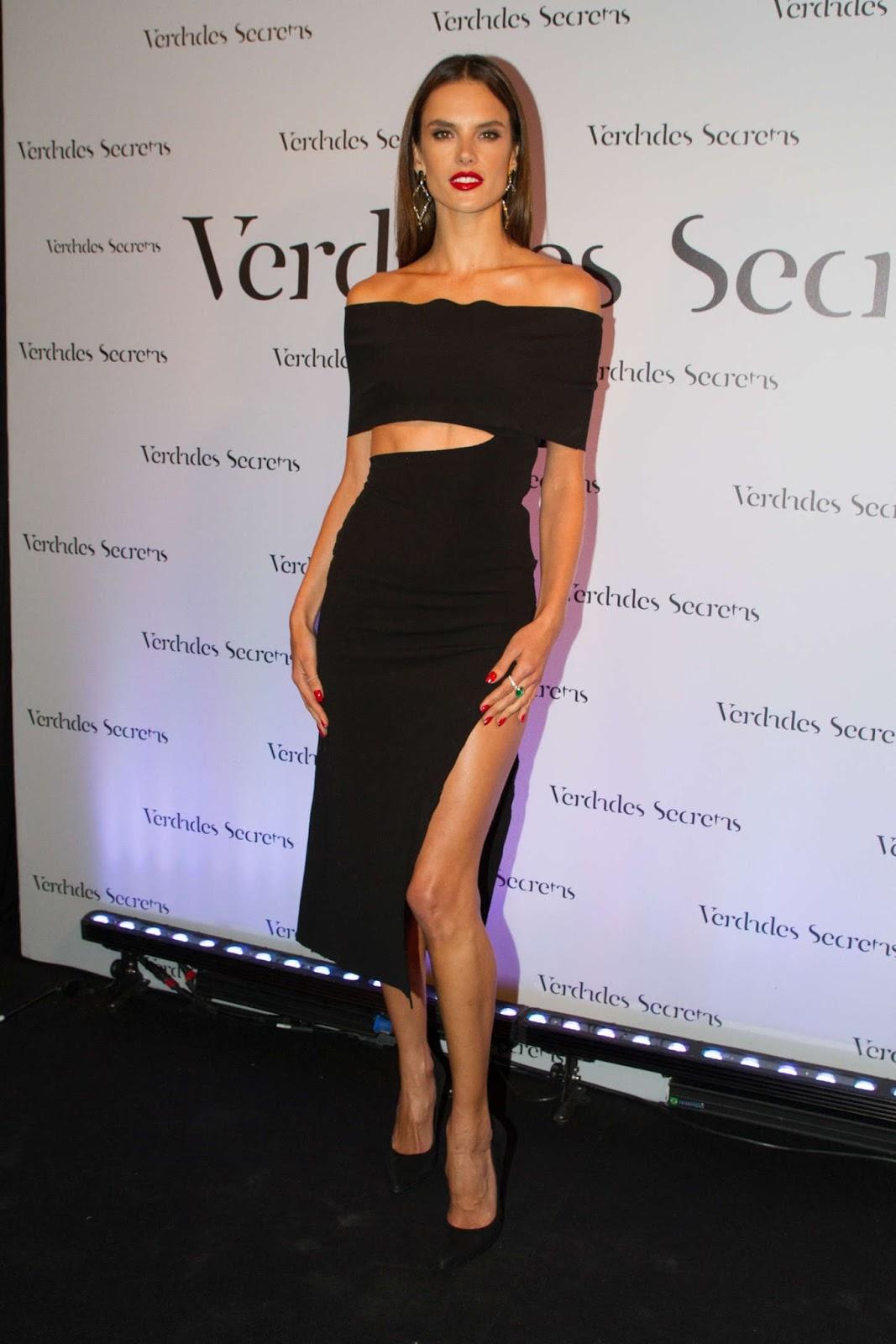 Alessandra Ambrosio is sultry at the 'Verdades Secretas' party in Sao Paulo
