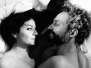 """""""Μια πορνογραφική σχέση"""" του Φιλίπ Μπλασμπάντ, σε σκηνοθεσία Βαγγέλη Παπαδάκη."""