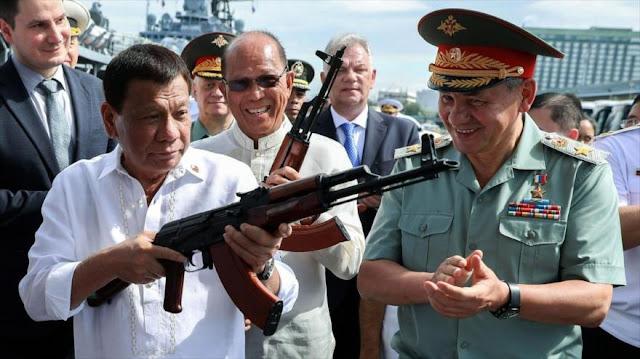 Duterte: Filipinas seguirá con la compra de armas de Rusia