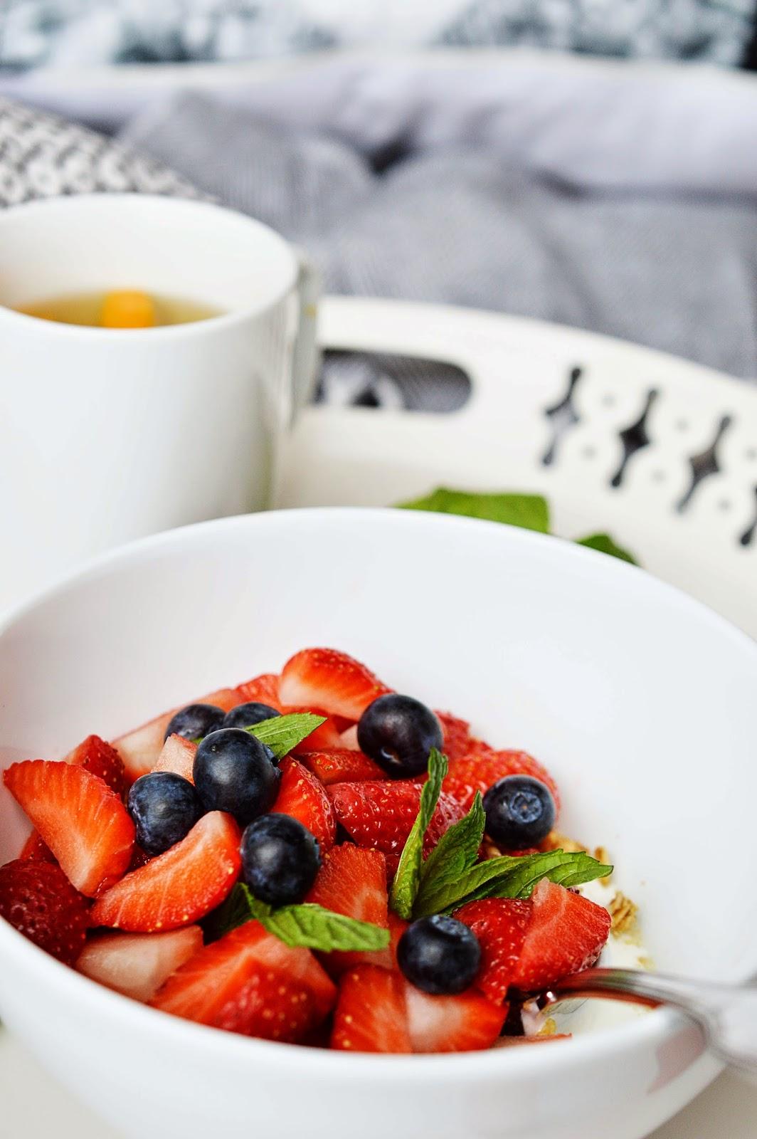 Indoor Breakfast Picnic | Motte's Blog
