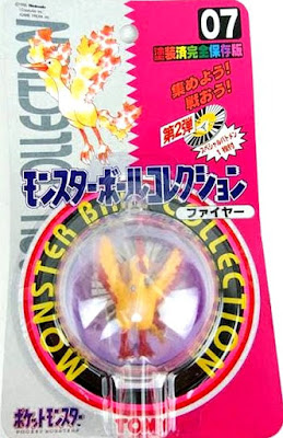 Moltres  figure Tomy Monster Ball Collection series