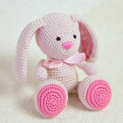 amigurumi crochet easter bunny doll