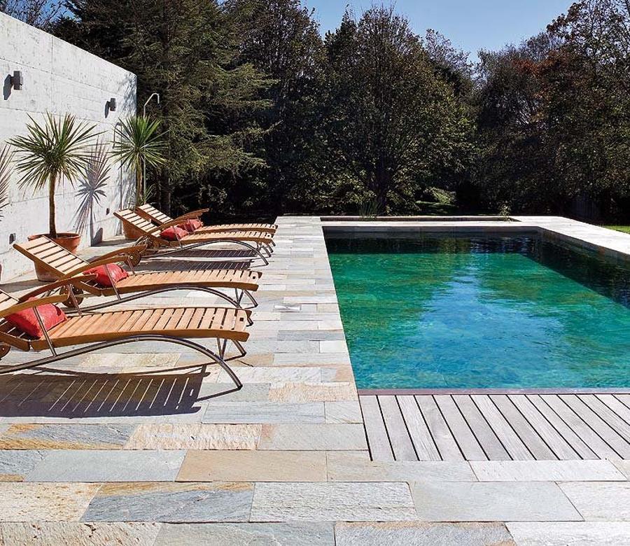 Los mejores suelos de exterior decoshabby for Suelo exterior piscina