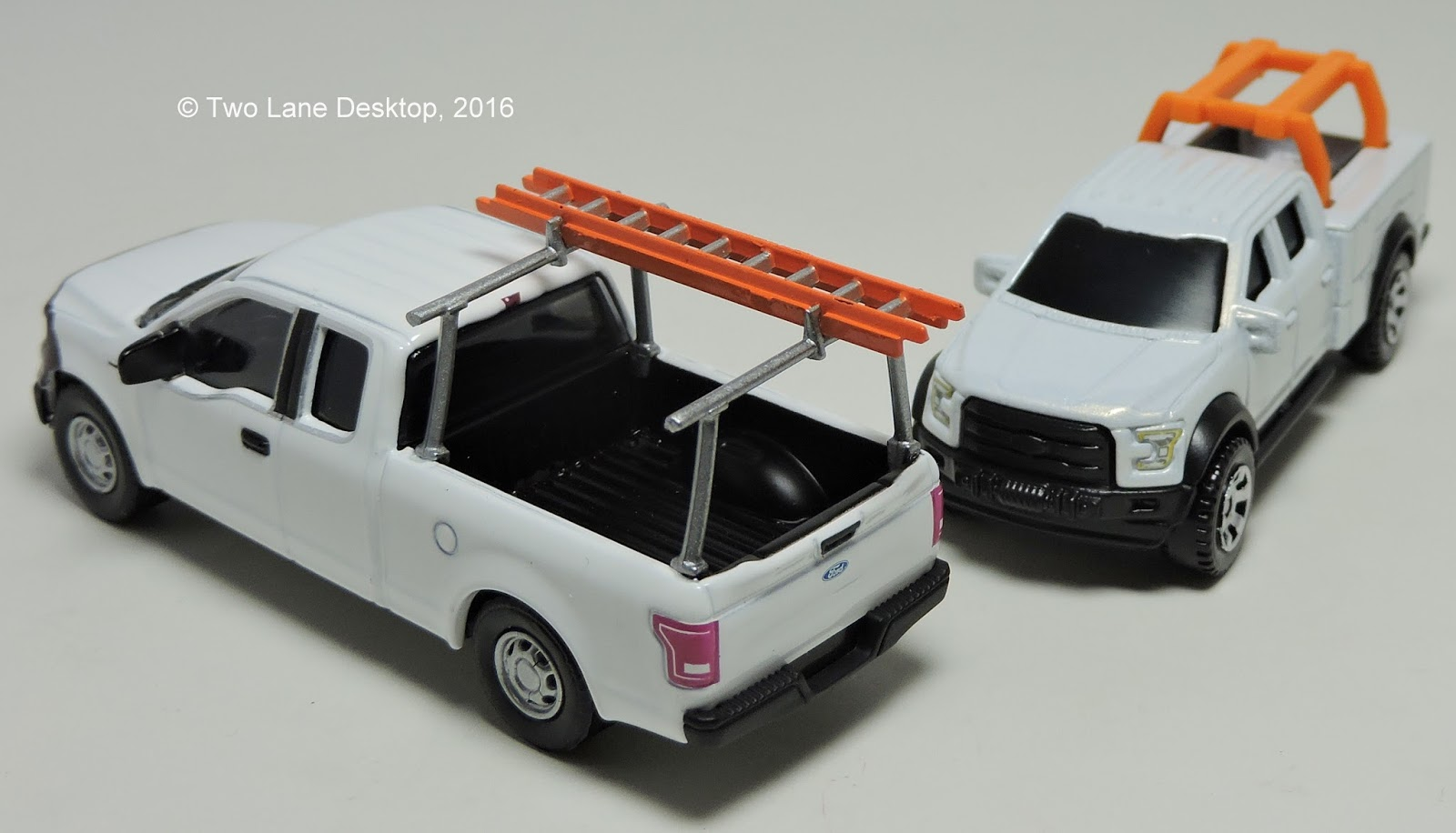 Two lane desktop greenlight and matchbox 2015 ford f 150 for Wrap master model 1500