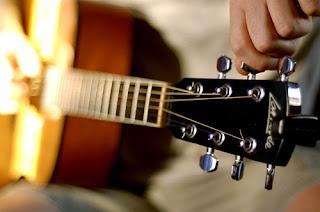 Aplikasi Setel Tali Gitar