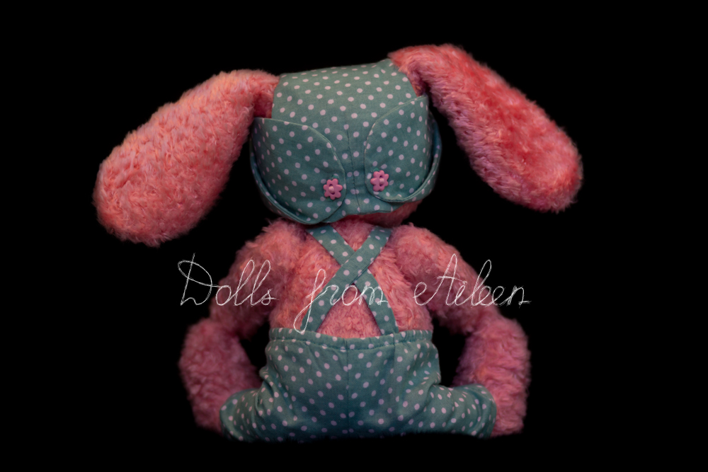 ooak artist teddy bunny rabbit sitting, view from behind