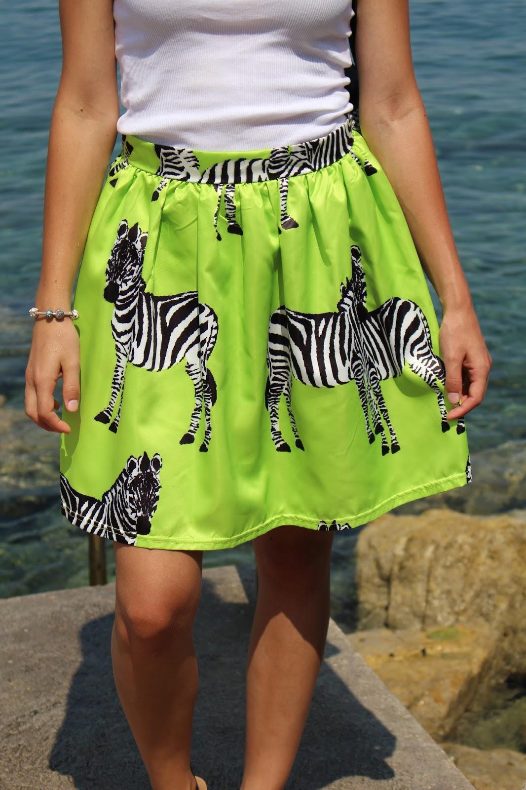 zelená zebrová sukňa