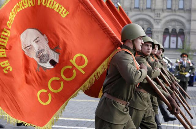 Os velhos erros comunistas não foram banidos da Rússia e estão crescendo