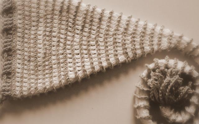 crochet patterns, how to crochet, baby hats, long tail, santa, elf, pixie, newborn,