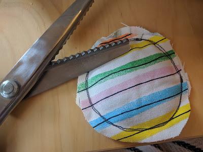 Handwärmer selbst nähen Geschenk für Erzieher DIY Runzelfuesschen Geschenk nähen