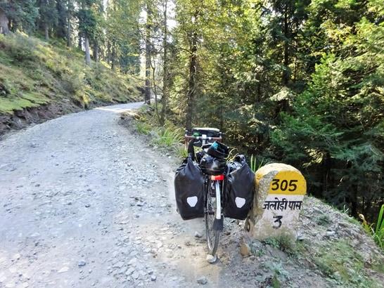 Jalori-Pass-Himachal-Pradesh-hp