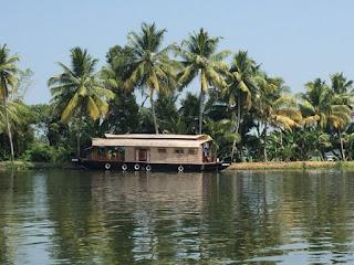 backwaters alleppey kerala