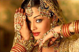 Bridal Latest jewelry Pics, beautiful jewelery pic, diamond jewelry pic, gold jewelry pic