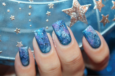 Galaxy Nails // Nail Art