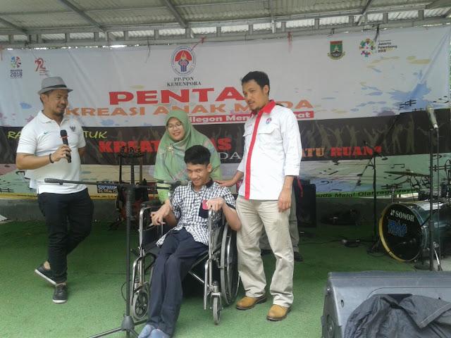 Achsan Sang Penyandang Disabilitas Raih Juara I, Ajang Pentas Kreasi Anak Muda