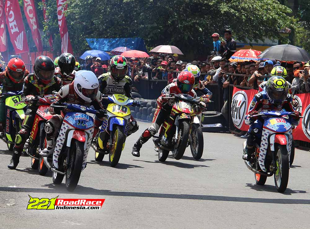 Dua Pasukan Kiriman JNE Express Jadi Batu Sandungan Baru Road Race JATIM