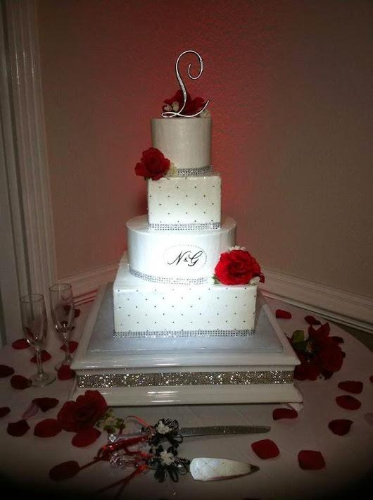 Wedding Cake Stand 48 Epic Wedding Cake Stands Valentine