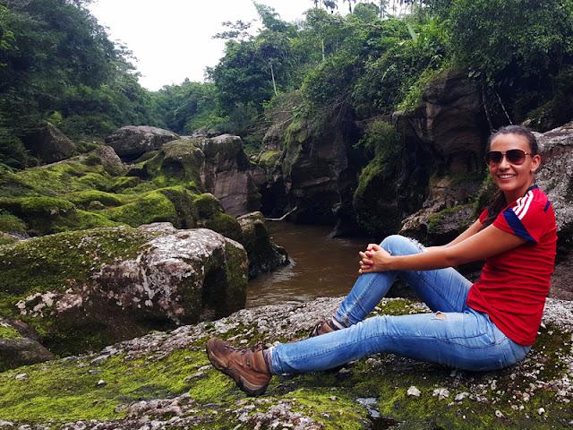 Vieja que viaja en el Putumayo