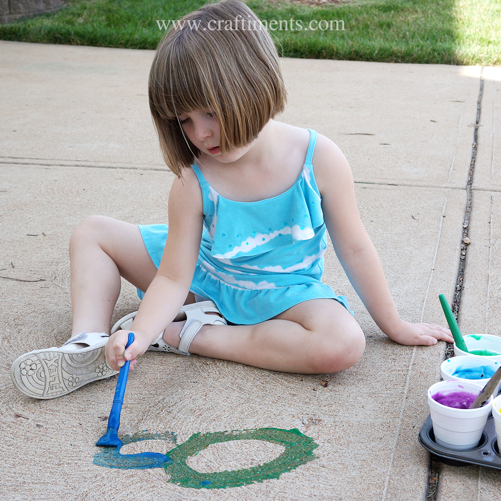 Easy to make sidewalk gel paint is a great summer boredom buster.