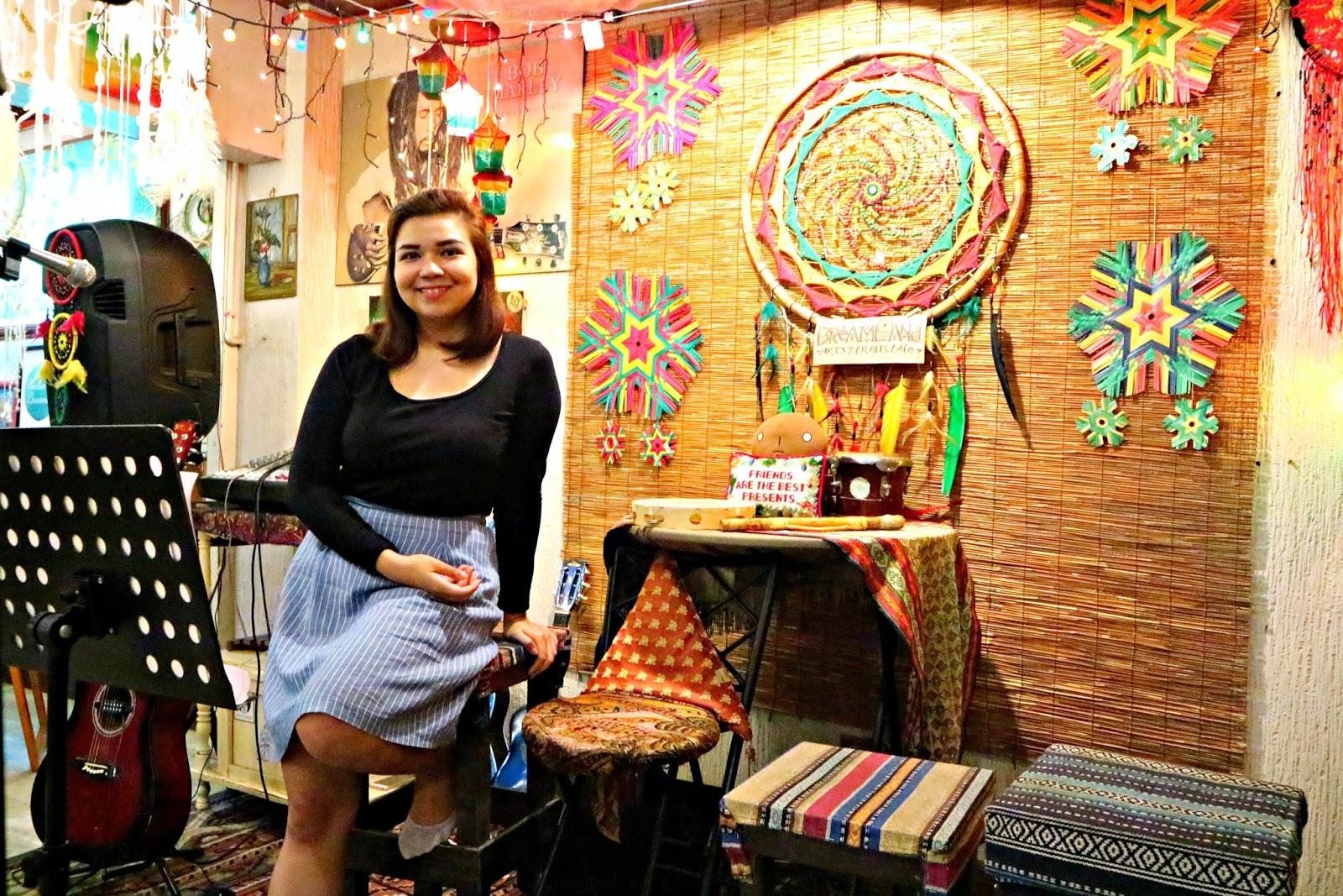 Dreamland Arts And Crafts Cafe Lipa