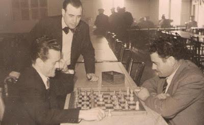 Partida de ajedrez en 1950