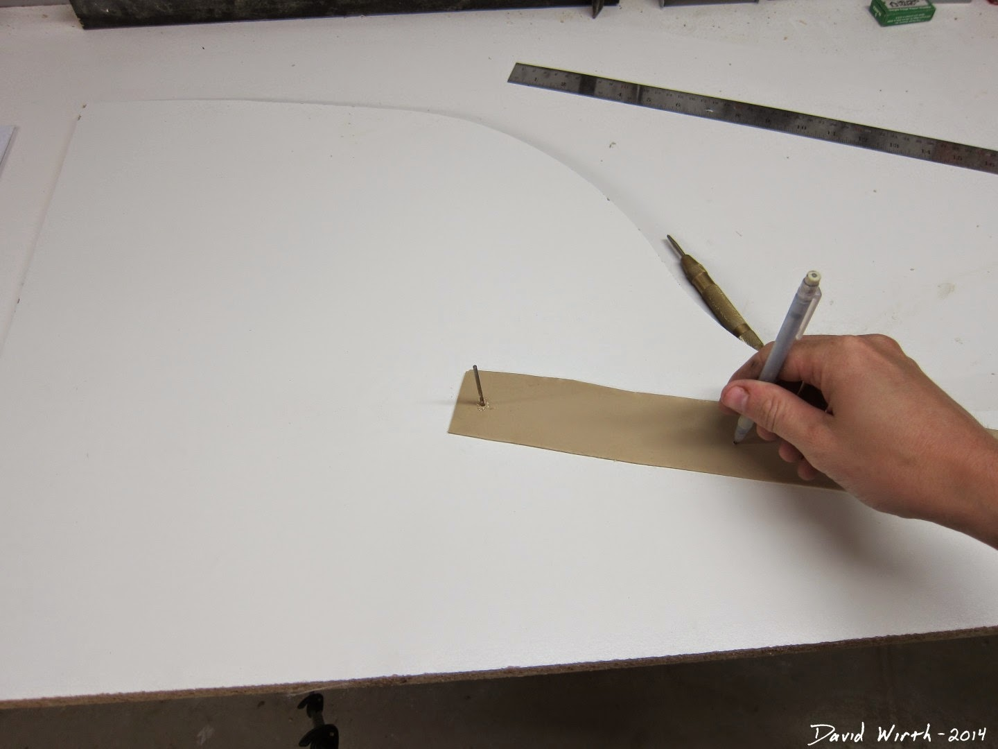 how to draw a perfect circle, wood, shop, tools, gauge