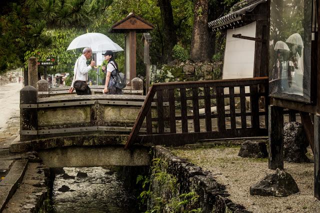 Entrada al templo budista :: Canon EOS5D MkIII | ISO800 | Canon 24-105@55mm | f/5.6 | 1/200s