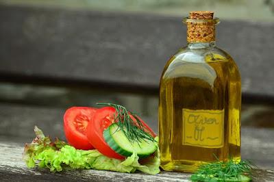 Como preparar una salsa vinagreta. Receta casera paso a paso.
