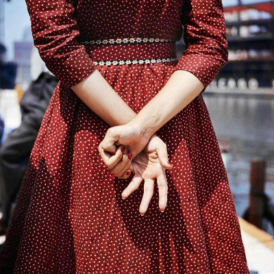 http://last-picture-show.tumblr.com/post/159708070672/vivian-maier-untitled-1956