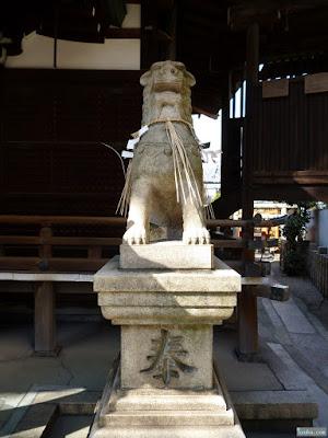 式内比賣許曾神社狛犬
