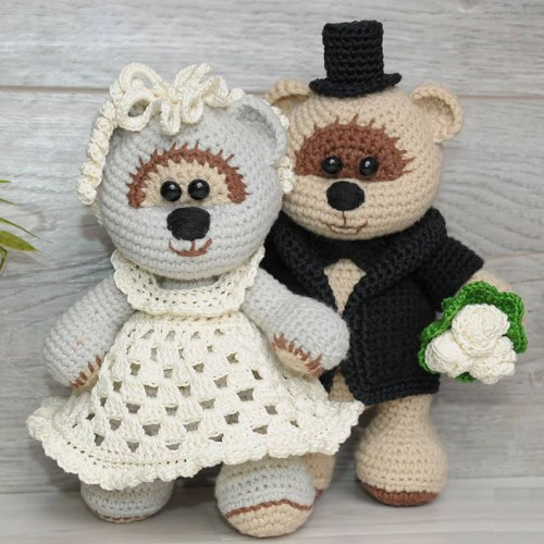 Wedding Teddy Bears - Free Pattern