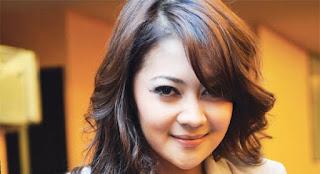 Download Kunci Gitar Indah Dewi Pertiwi – Mengapa Cinta
